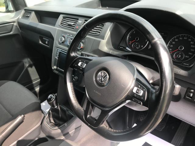 2017 Volkswagen Caddy 2.0 Tdi Bluemotion Tech 102Ps Highline Van Euro 6 (GJ67JYN) Image 25