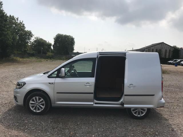 2017 Volkswagen Caddy 2.0 Tdi Bluemotion Tech 102Ps Highline Van Euro 6 (GJ67JYN) Image 9