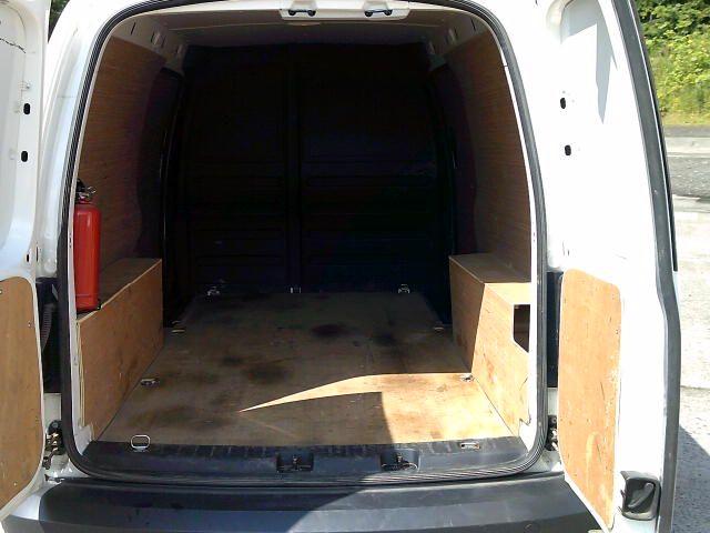 2017 Volkswagen Caddy Maxi 2.0 Tdi Bluemotion Tech 102Ps Startline Van (GJ67JYR) Image 6