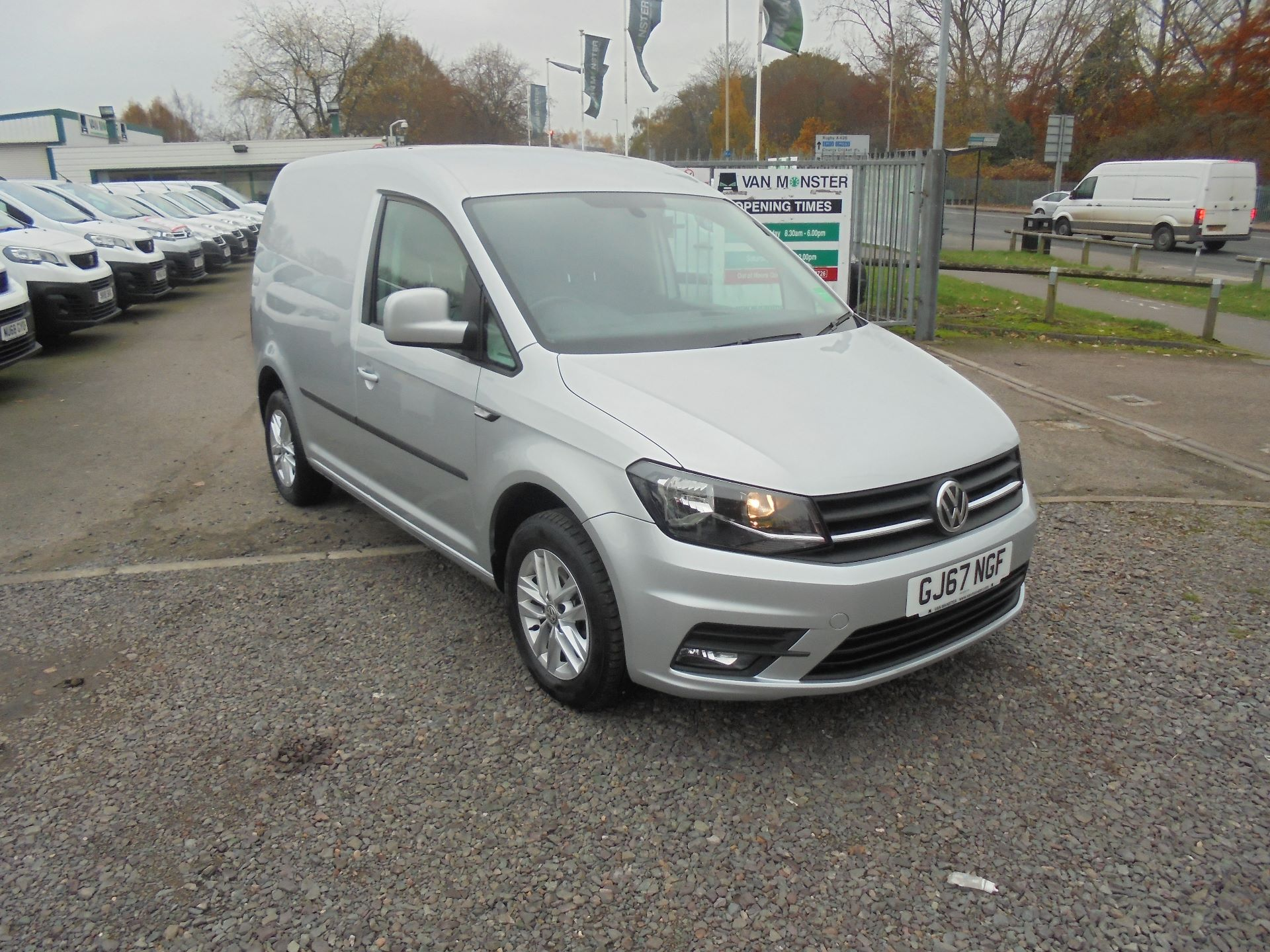 2017 Volkswagen Caddy 2.0 102PS BLUEMOTION TECH 102PS HIGHLINE EURO 6 (GJ67NGF)