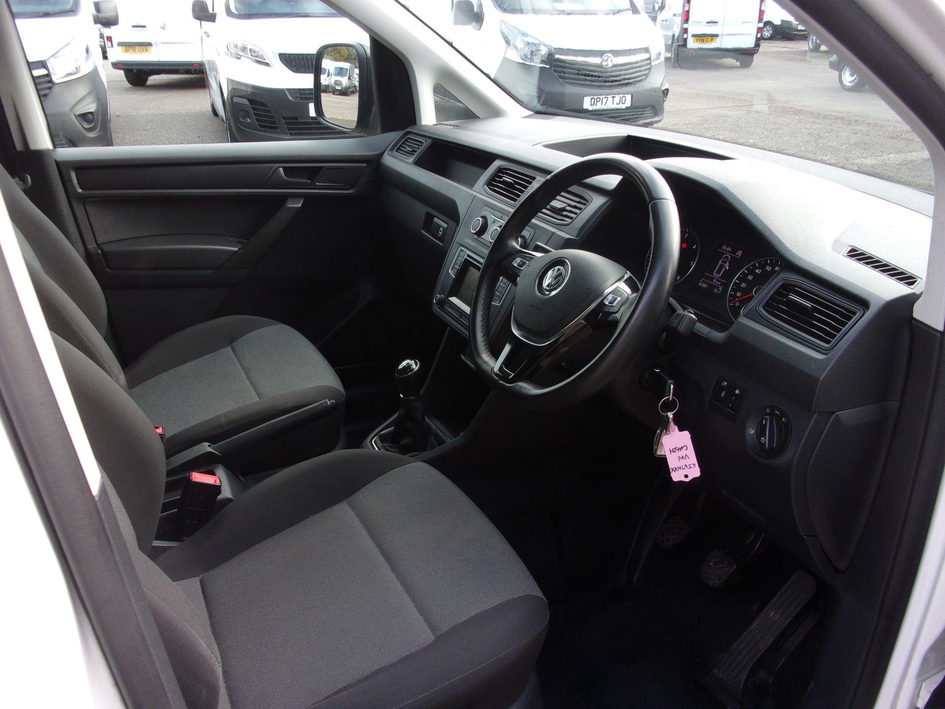 2017 Volkswagen Caddy 2.0 TDI 102PS BMT STARTLINE VAN EURO 6 (GJ67NKK) Image 7