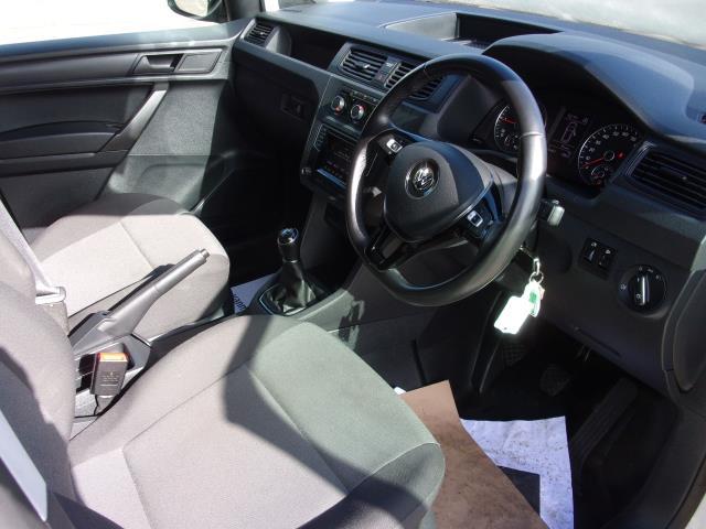 2017 Volkswagen Caddy C20 2.0 TDI 102PS BMT STARTLINE VAN EURO 6 (GJ67NKK) Image 2