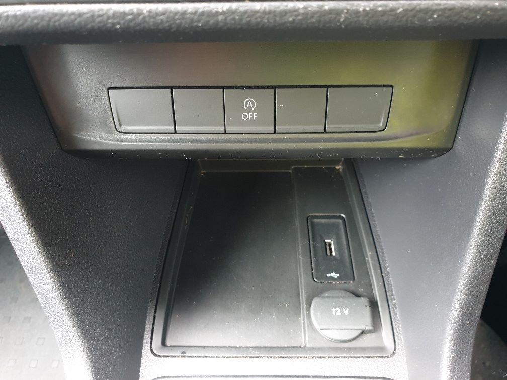 2017 Volkswagen Caddy 2.0TDI BLUEMOTION TECH 102PS STARTLINE EURO 6, AIR CON (GJ67UEB) Image 23