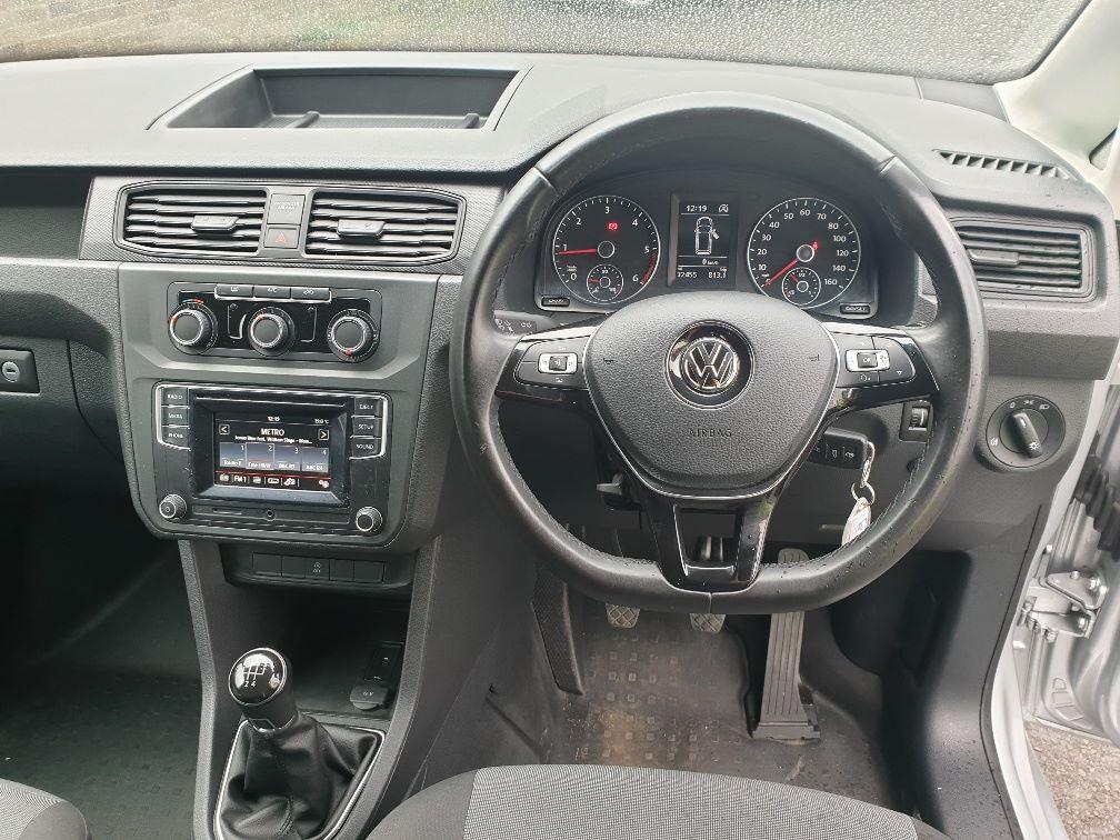 2017 Volkswagen Caddy 2.0TDI BLUEMOTION TECH 102PS STARTLINE EURO 6, AIR CON (GJ67UEB) Image 17