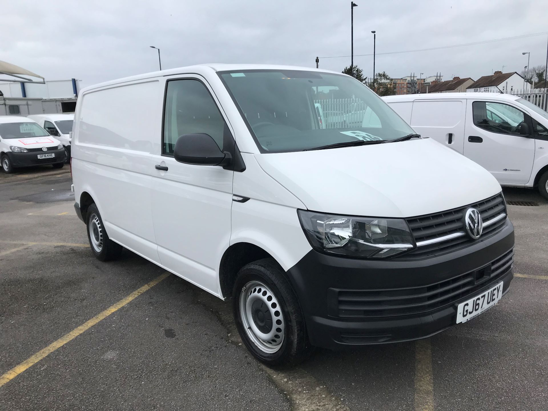 2017 Volkswagen Transporter  2.0  102PS T28 S-LINE TDI BMT EURO 6  (GJ67UEY) Image 1