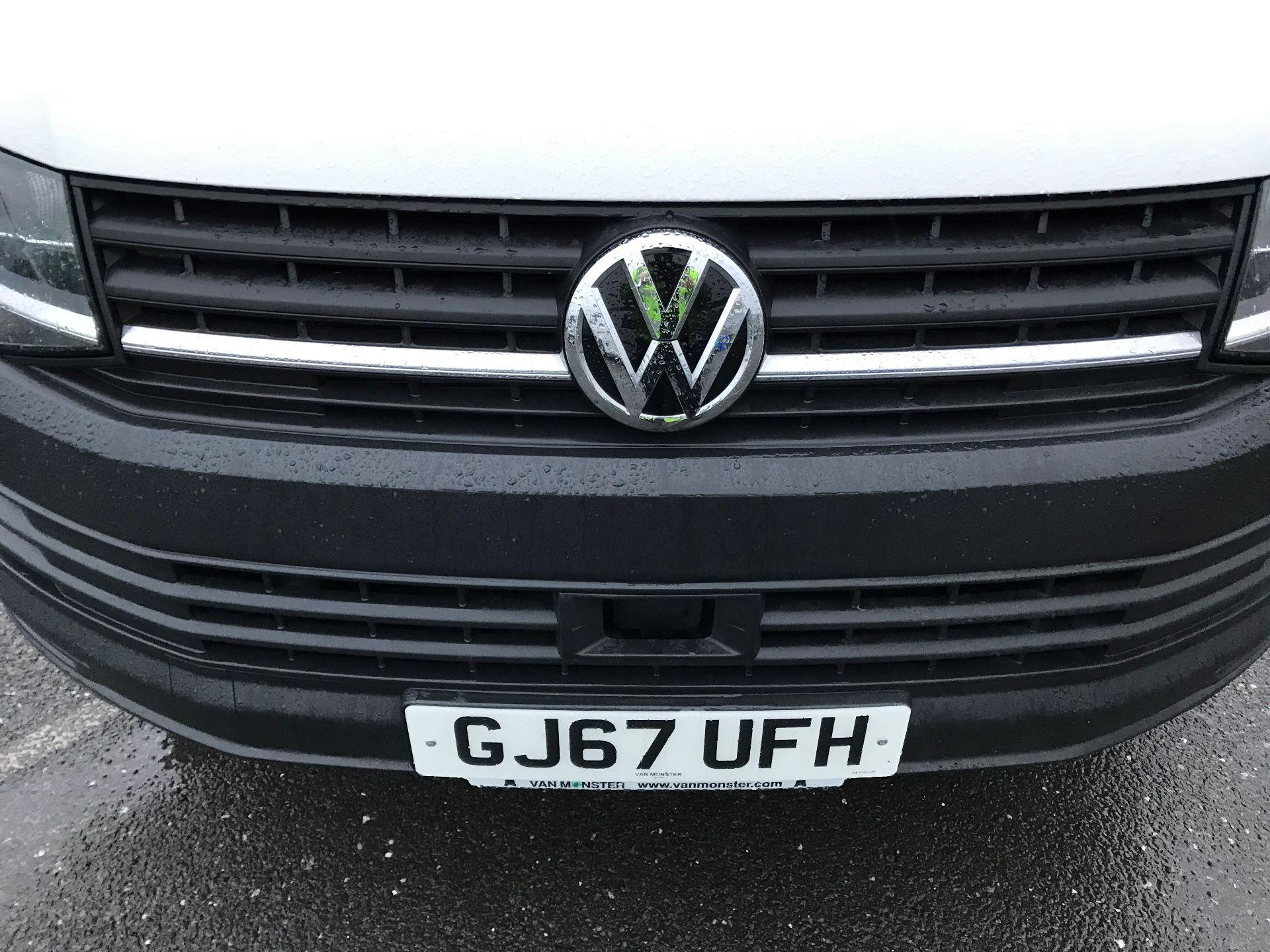 2017 Volkswagen Transporter  2.0  102PS T28 S-LINE TDI BMT EURO 6  (GJ67UFH) Image 13