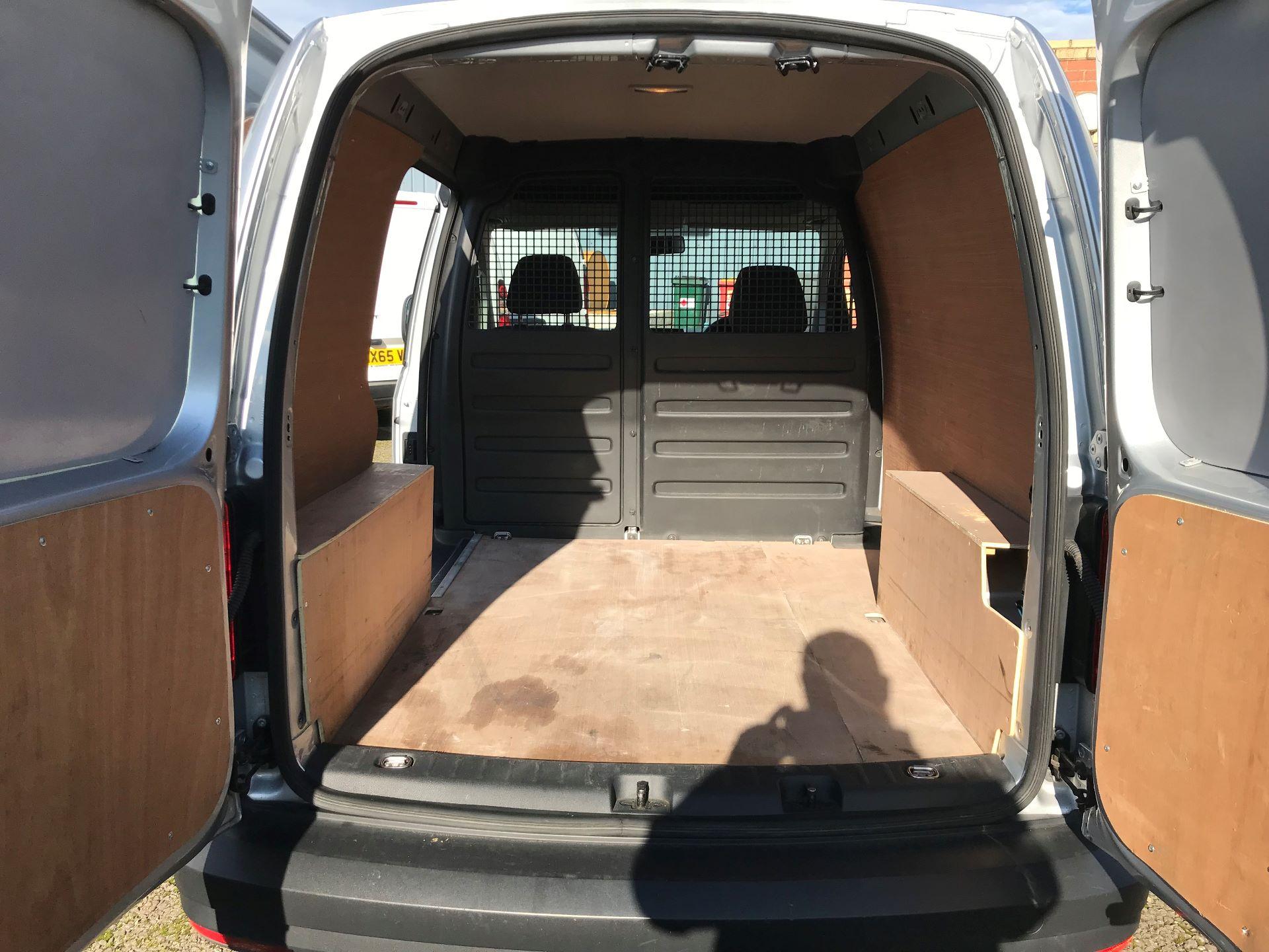 2017 Volkswagen Caddy 2.0 Tdi Bluemotion Tech 102Ps Startline Van (GJ67UFN) Image 16
