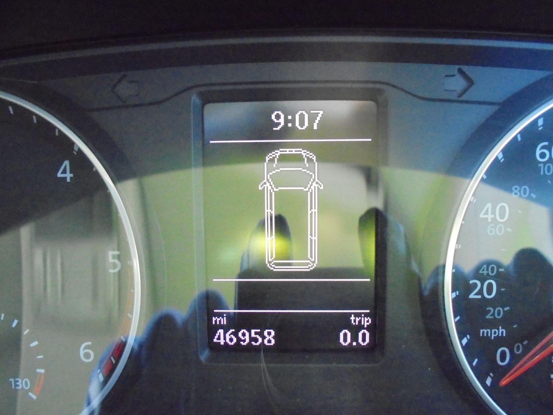 2017 Volkswagen Transporter 2.0 Tdi Bmt 102 Trendline Van Euro 6 (GJ67XMV) Image 11