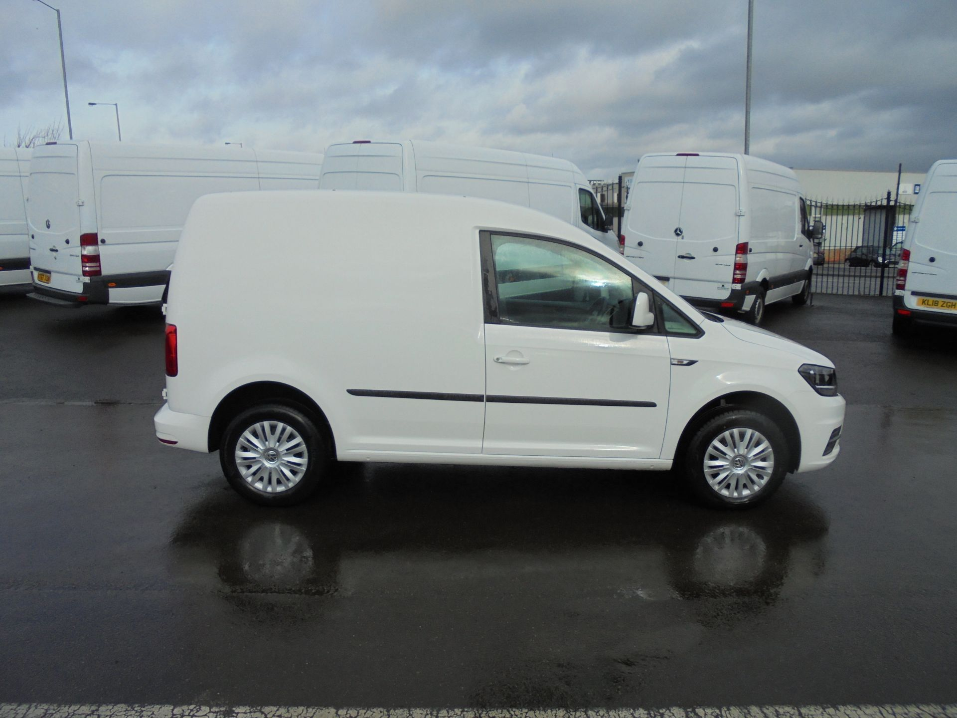 2018 Volkswagen Caddy 2.0 Tdi Bluemotion Tech 102Ps Trendline [Ac] Van (GJ68RXK) Image 8