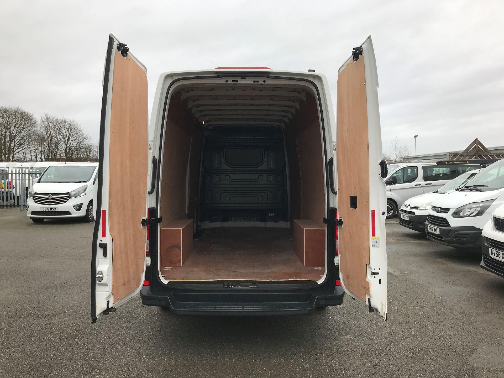 2018 Volkswagen Crafter 2.0 TDI 140PS STARTLINE LWB HIGH ROOF VAN EURO 6 (GJ68ZRR) Image 8