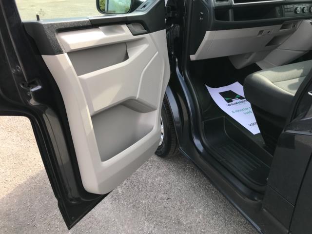2019 Volkswagen Transporter 2.0 Tdi Bmt 150 Highline Van Euro 6 (GJ69BBZ) Image 28