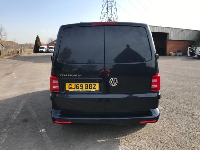 2019 Volkswagen Transporter 2.0 Tdi Bmt 150 Highline Van Euro 6 (GJ69BBZ) Image 6