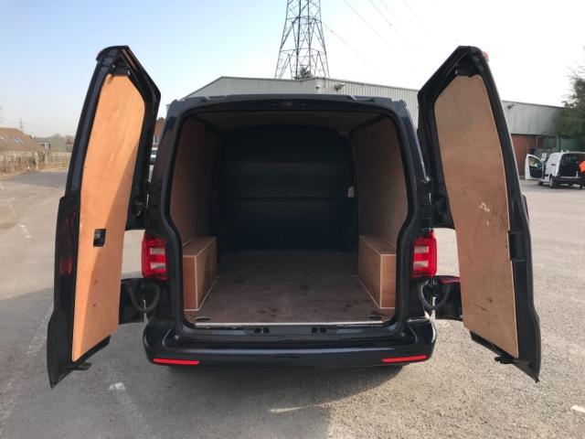 2019 Volkswagen Transporter 2.0 Tdi Bmt 150 Highline Van Euro 6 (GJ69BBZ) Image 33