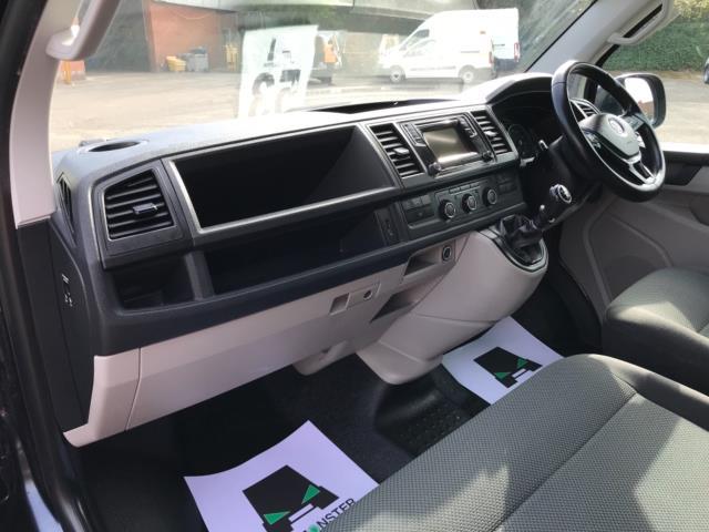 2019 Volkswagen Transporter 2.0 Tdi Bmt 150 Highline Van Euro 6 (GJ69BBZ) Image 26