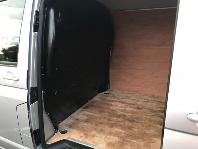 2019 Volkswagen Transporter 2.0 Tdi Bmt 150 Highline Van Dsg Euro 6 (GJ69FZM) Image 29