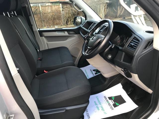 2019 Volkswagen Transporter 2.0 Tdi Bmt 150 Highline Van Dsg Euro 6 (GJ69FZM) Image 12