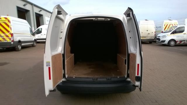 2015 Volkswagen Caddy Maxi 1.6 102PS STARTLINE EURO 5 (GK15NMF) Image 15
