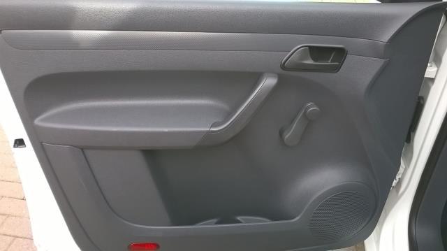2015 Volkswagen Caddy 1.6 102PS STARTLINE EURO 5 (GK15NMF) Image 10