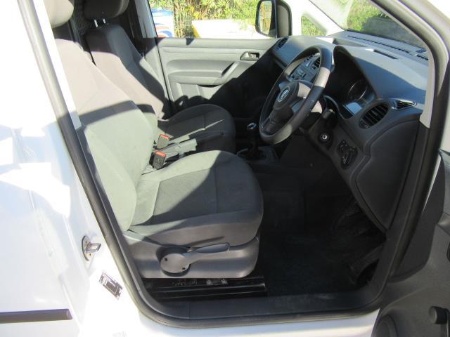 2015 Volkswagen Caddy  1.6 75PS STARTLINE EURO 5 (GK15XMC) Image 40