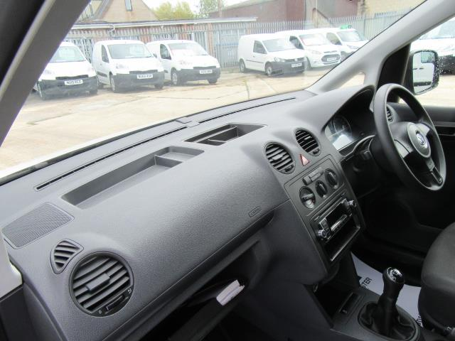 2015 Volkswagen Caddy  1.6 75PS STARTLINE EURO 5 (GK15XMC) Image 23
