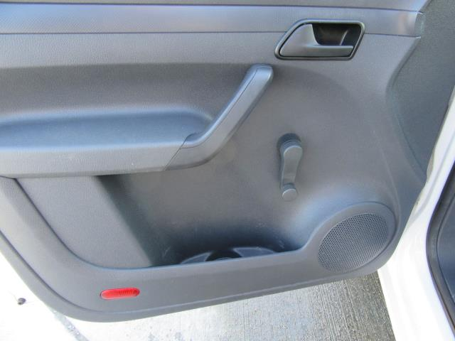 2015 Volkswagen Caddy  1.6 75PS STARTLINE EURO 5 (GK15XMC) Image 36