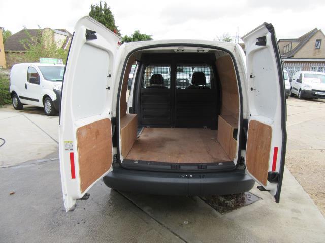 2015 Volkswagen Caddy  1.6 75PS STARTLINE EURO 5 (GK15XMC) Image 9
