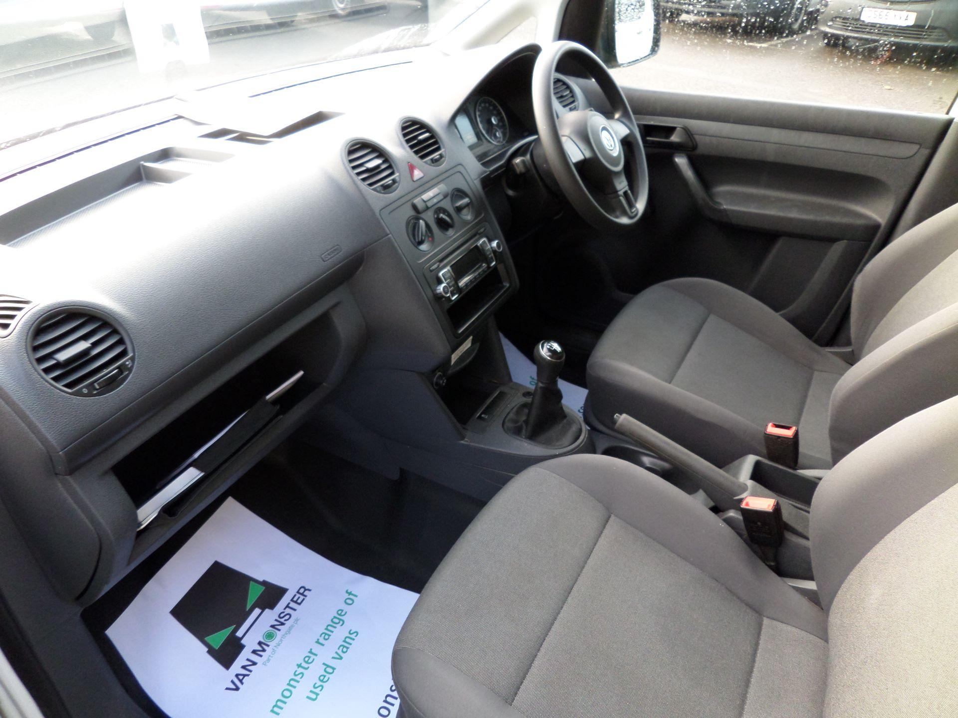 2015 Volkswagen Caddy 1.6 Tdi 75Ps Startline Van (GK15XMG) Image 10