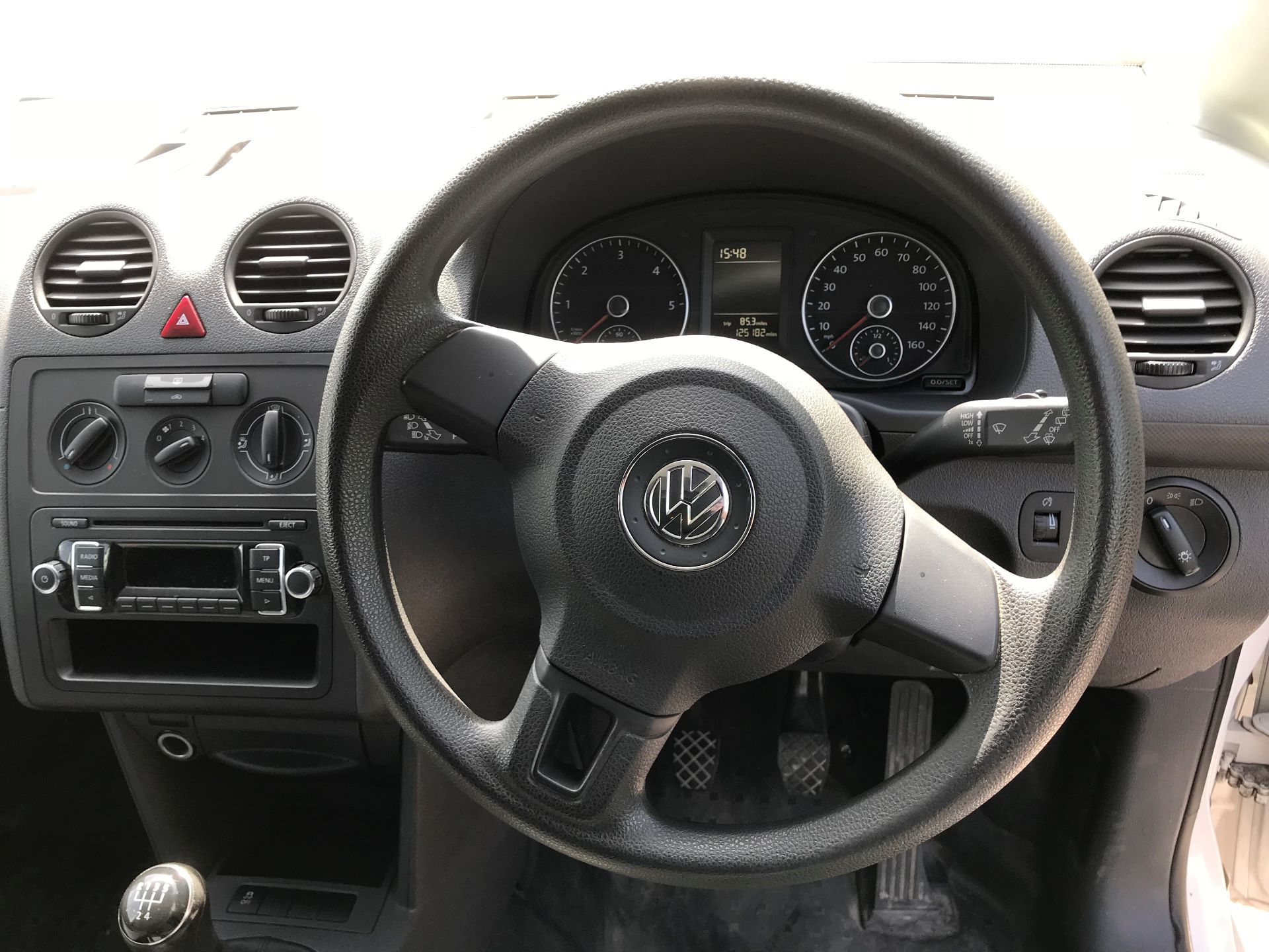 2015 Volkswagen Caddy  1.6 75PS STARTLINE EURO 5 (GK15XMU) Image 6