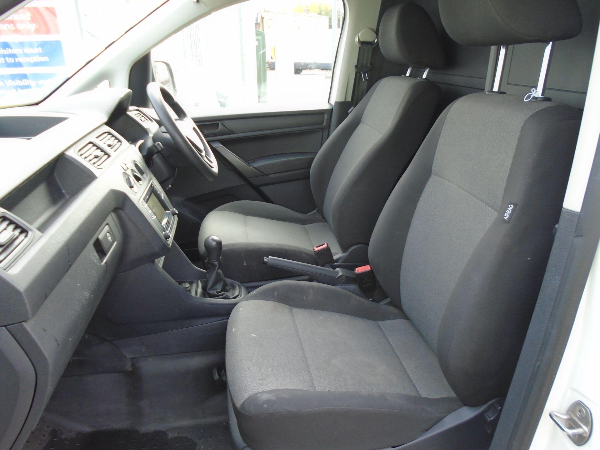 2017 Volkswagen Caddy Maxi 2.0 Tdi Bluemotion Tech 102Ps Startline Van *EURO 6* (GK17VBE) Image 18