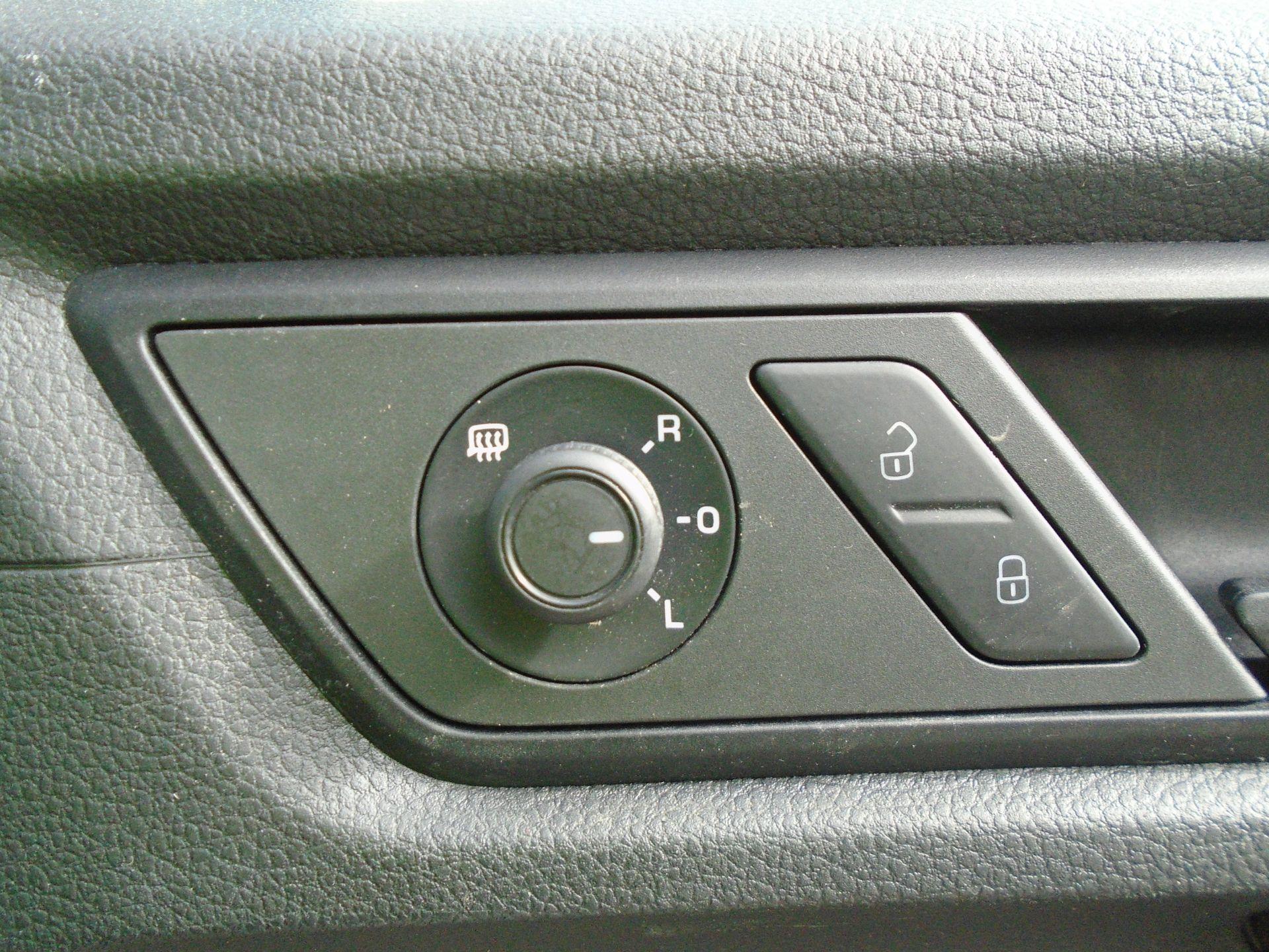 2017 Volkswagen Caddy Maxi 2.0 Tdi Bluemotion Tech 102Ps Startline Van *EURO 6* (GK17VBE) Image 24