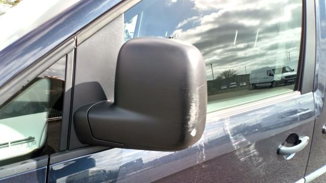 2017 Volkswagen Caddy Maxi 2.0 Tdi Bluemotion Tech 102Ps Startline Van (GK17VCE) Image 15