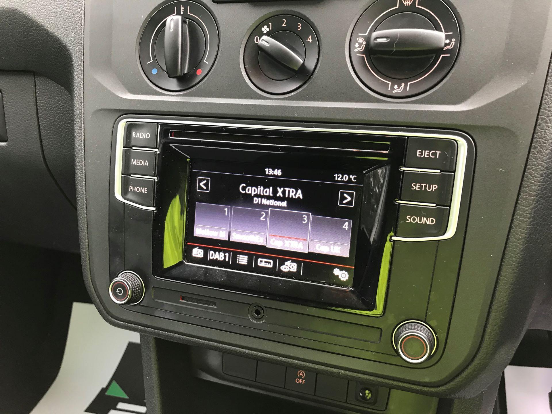 2017 Volkswagen Caddy Maxi 2.0 TDI BMT TECH 102PS STARTLINE VAN 102PS (GK17VCP) Image 27