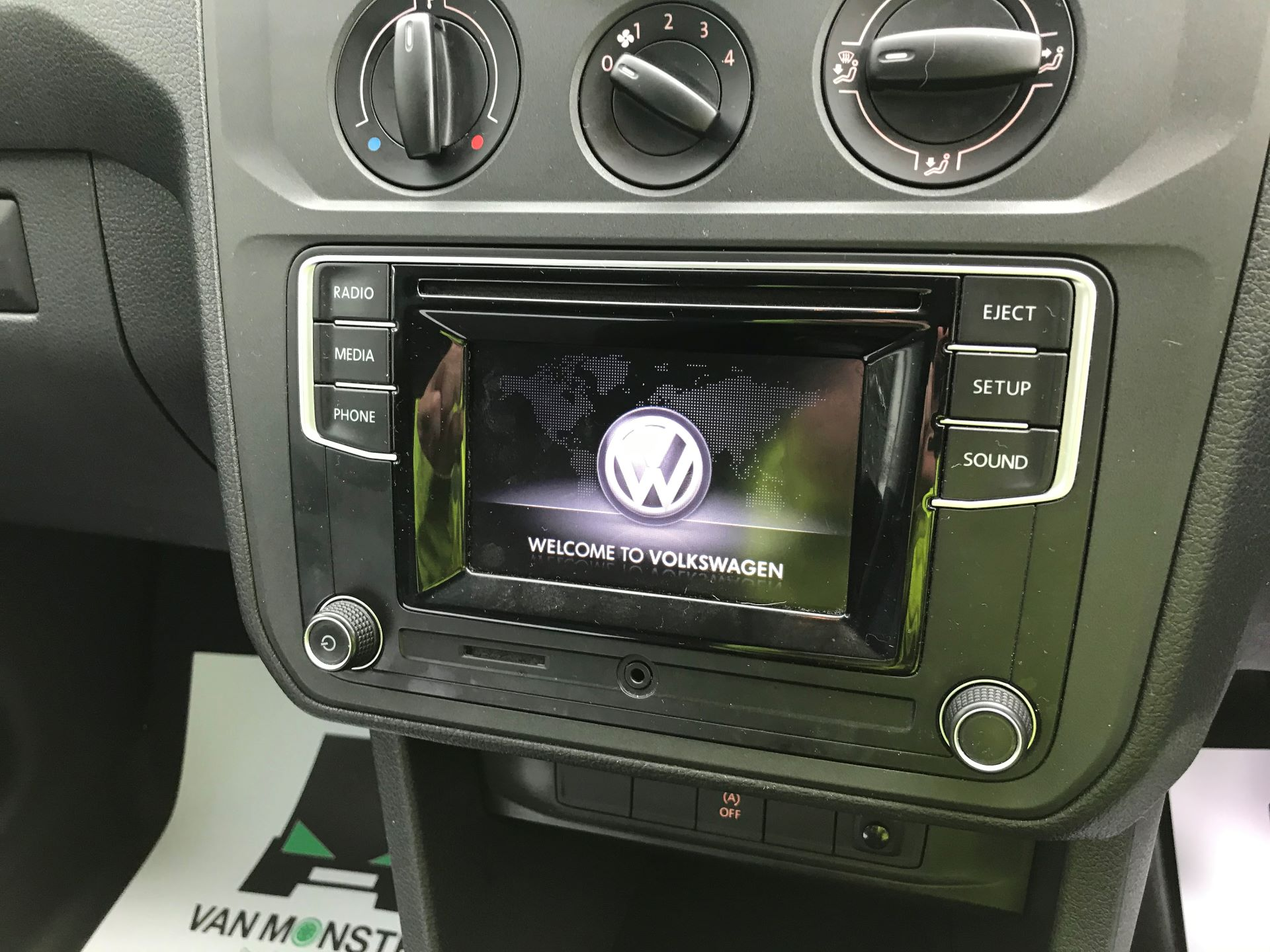 2017 Volkswagen Caddy Maxi 2.0 TDI BMT TECH 102PS STARTLINE VAN 102PS (GK17VCP) Image 24