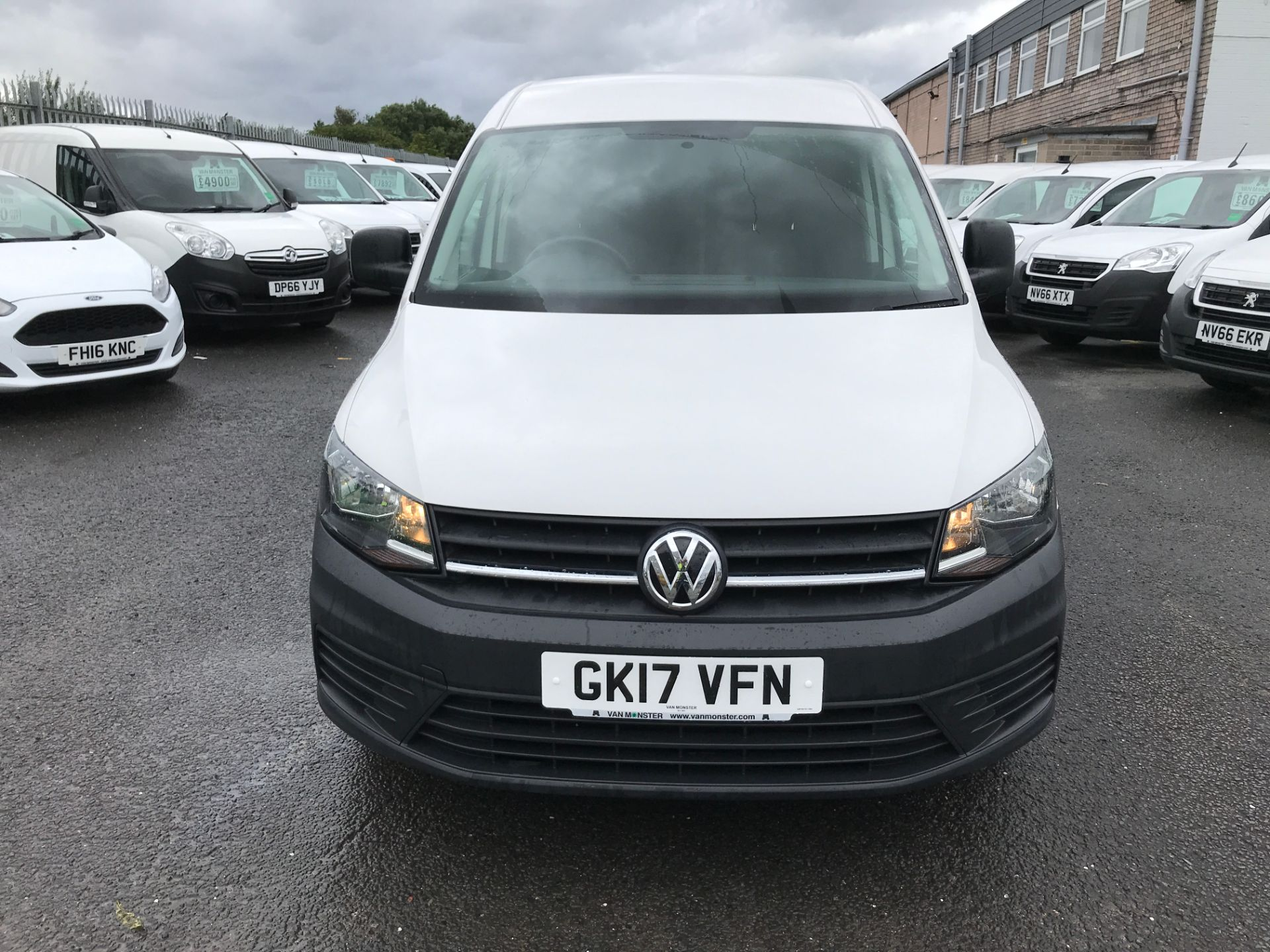 2017 Volkswagen Caddy Maxi 2.0TDI BLUEMOTION TECH 102PS STARTLINE EURO 6 (GK17VFN) Image 14