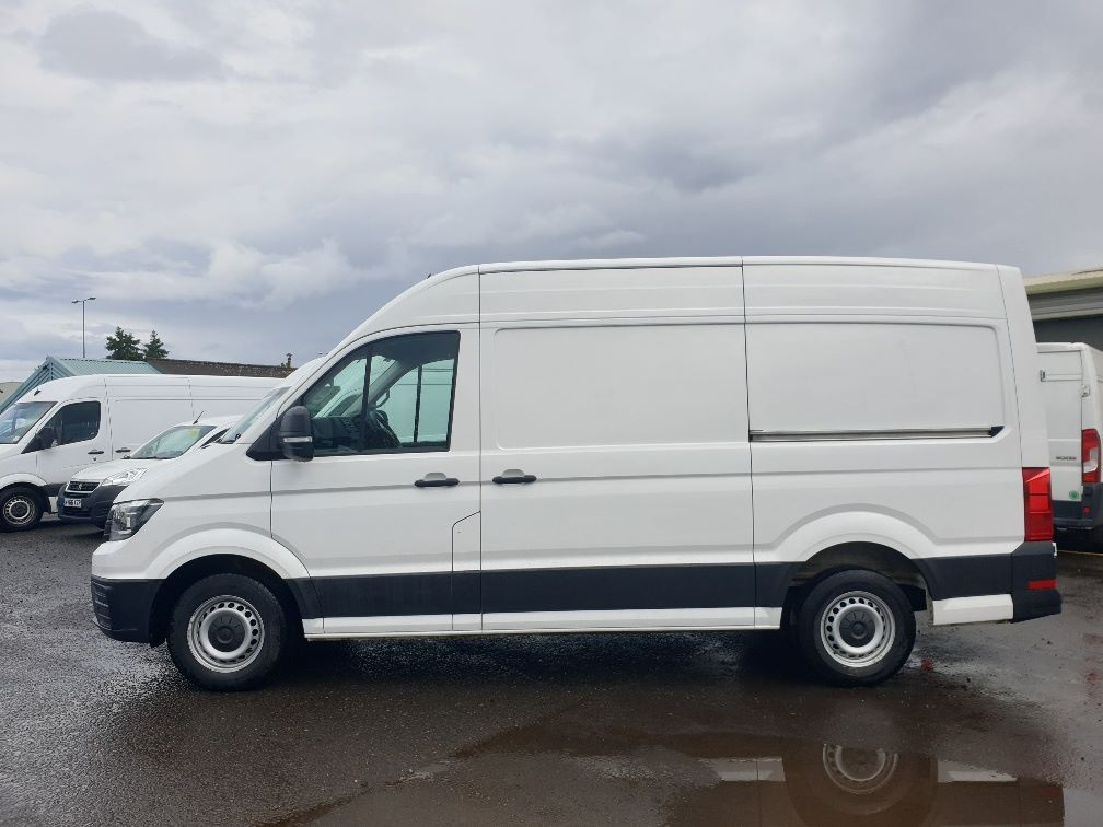 2018 Volkswagen Crafter CR35 2.0 TDI MWB HIGH ROOF 140PS STARTLINE EURO 6 (GK18ONL) Thumbnail 4
