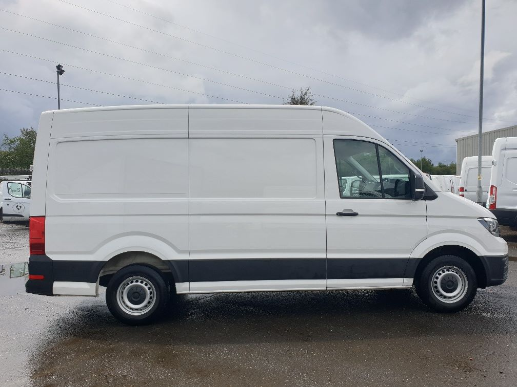 2018 Volkswagen Crafter CR35 2.0 TDI MWB HIGH ROOF 140PS STARTLINE EURO 6 (GK18ONL) Thumbnail 13