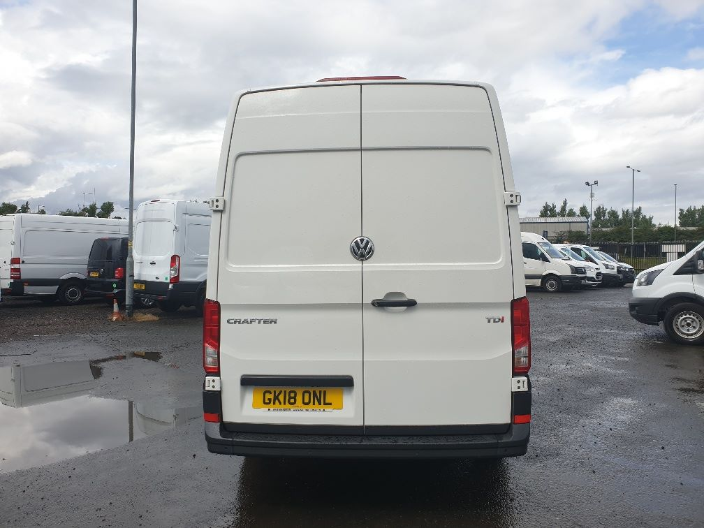 2018 Volkswagen Crafter CR35 2.0 TDI MWB HIGH ROOF 140PS STARTLINE EURO 6 (GK18ONL) Thumbnail 9