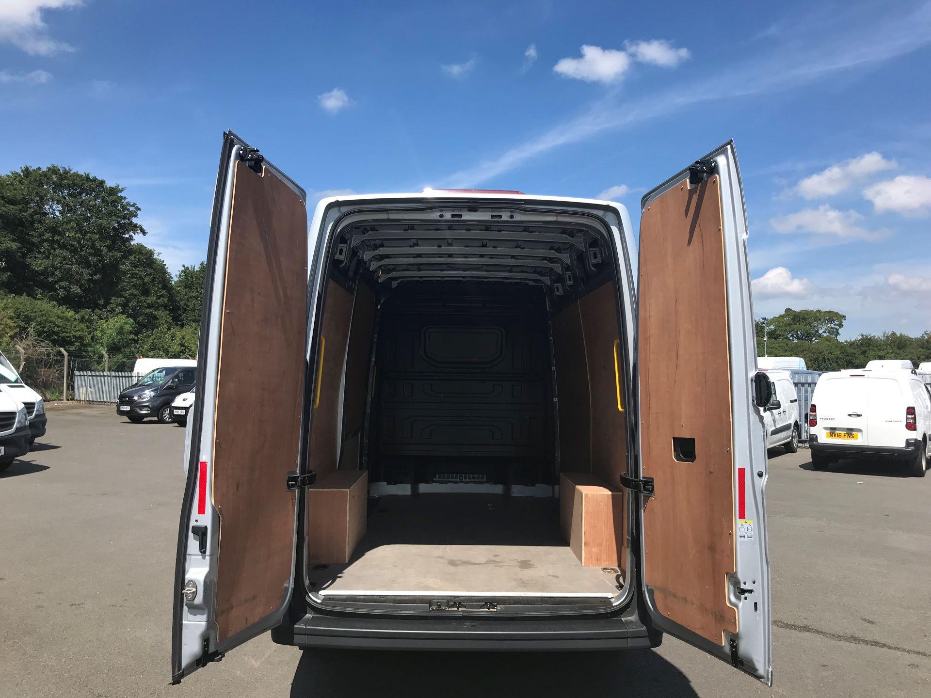 2018 Volkswagen Crafter 2.0 Tdi 140Ps Startline High Roof Van MWB EURO 6 (GK18WMZ) Image 7