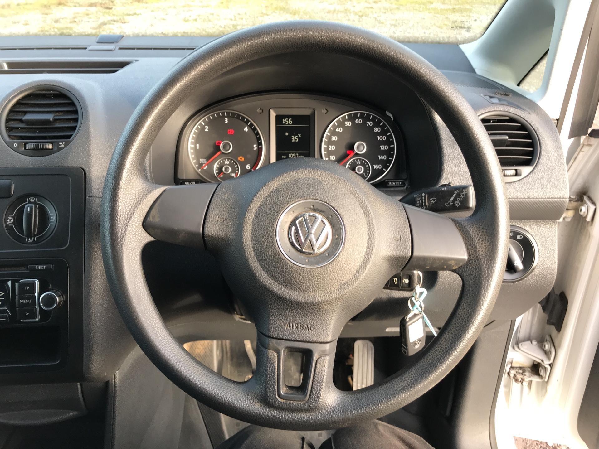 2015 Volkswagen Caddy 1.6 102PS STARTLINE EURO 5 (GK65KXO) Image 12