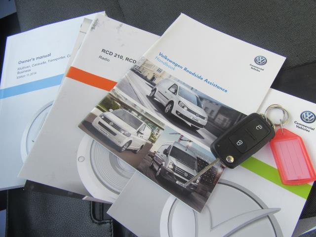 2015 Volkswagen Transporter T28 SWB DIESEL 2.0 TDI 102PS STARTLINE EURO 5 (GK65VYY) Image 16