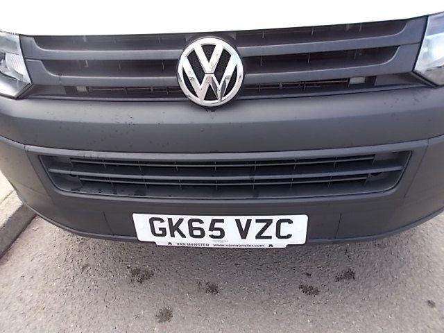 2015 Volkswagen Transporter  T28 SWB DIESEL 2.0 TDI 102PS STARTLINE EURO 5 (GK65VZC) Image 15