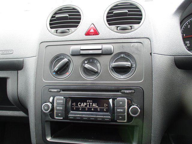 2015 Volkswagen Caddy 1.6 102PS STARTLINE EURO 5 (GK65VZS) Image 14