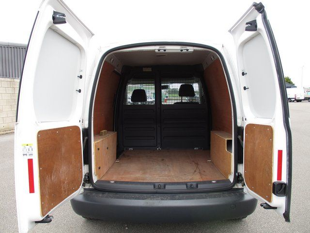 2015 Volkswagen Caddy 1.6 102PS STARTLINE EURO 5 (GK65VZS) Image 9