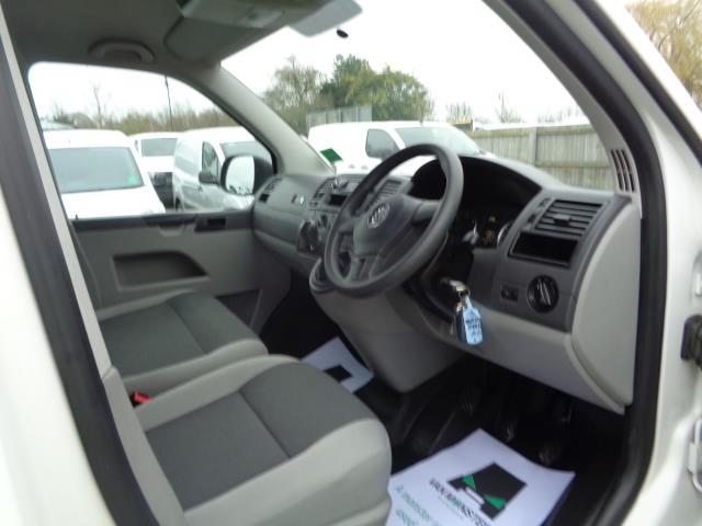 2015 Volkswagen Transporter 2.0 Tdi 102Ps Startline Van SWB (GK65VZX) Image 16