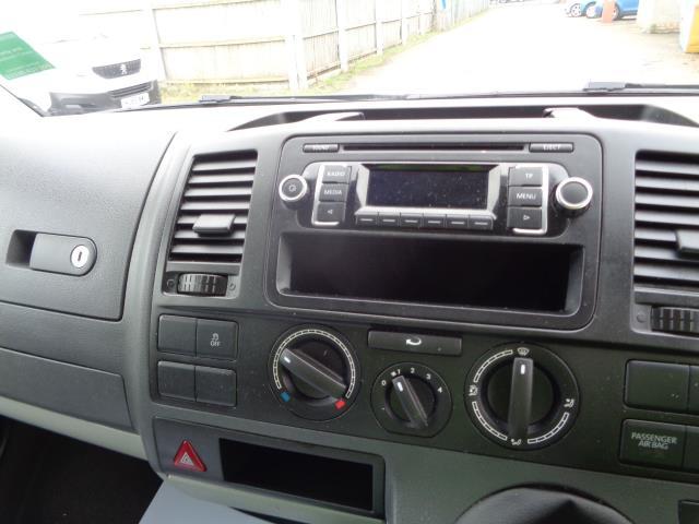 2015 Volkswagen Transporter 2.0 Tdi 102Ps Startline Van SWB (GK65VZX) Image 18