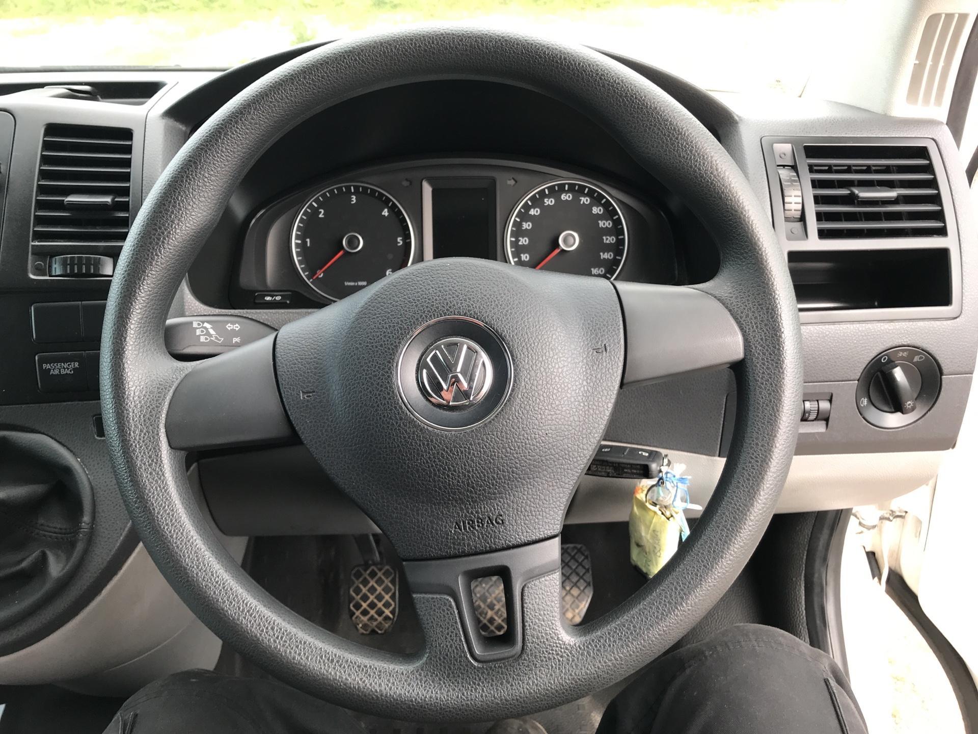 2015 Volkswagen Transporter 2.0 Tdi 102Ps Startline Van SWB (GK65WBJ) Image 12