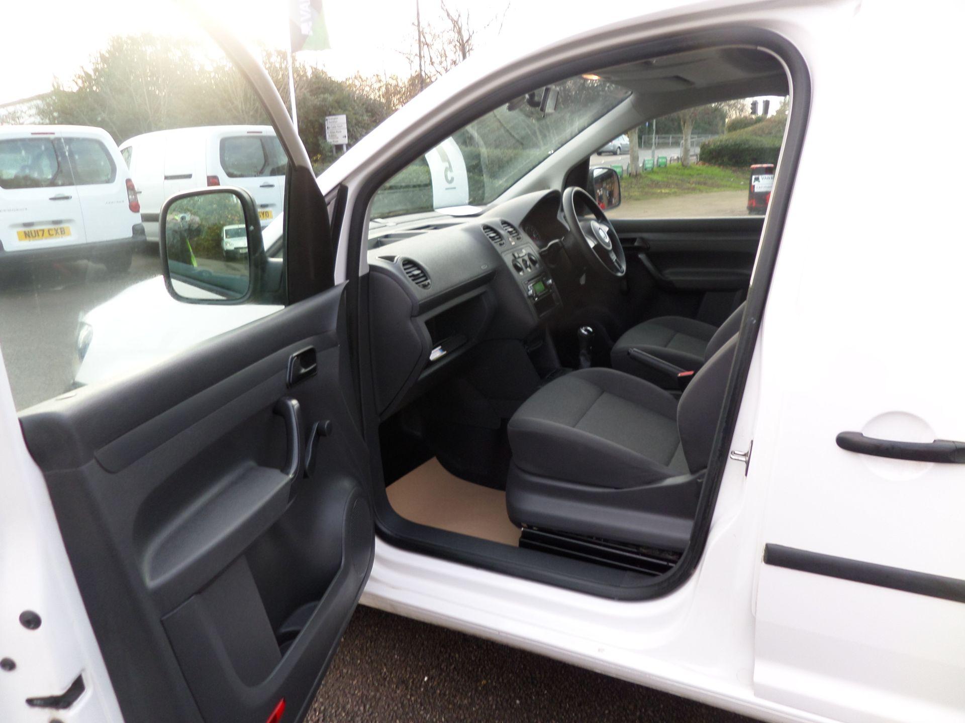 2015 Volkswagen Caddy 1.6 Tdi 75Ps Startline Van (GK65WBO) Image 8