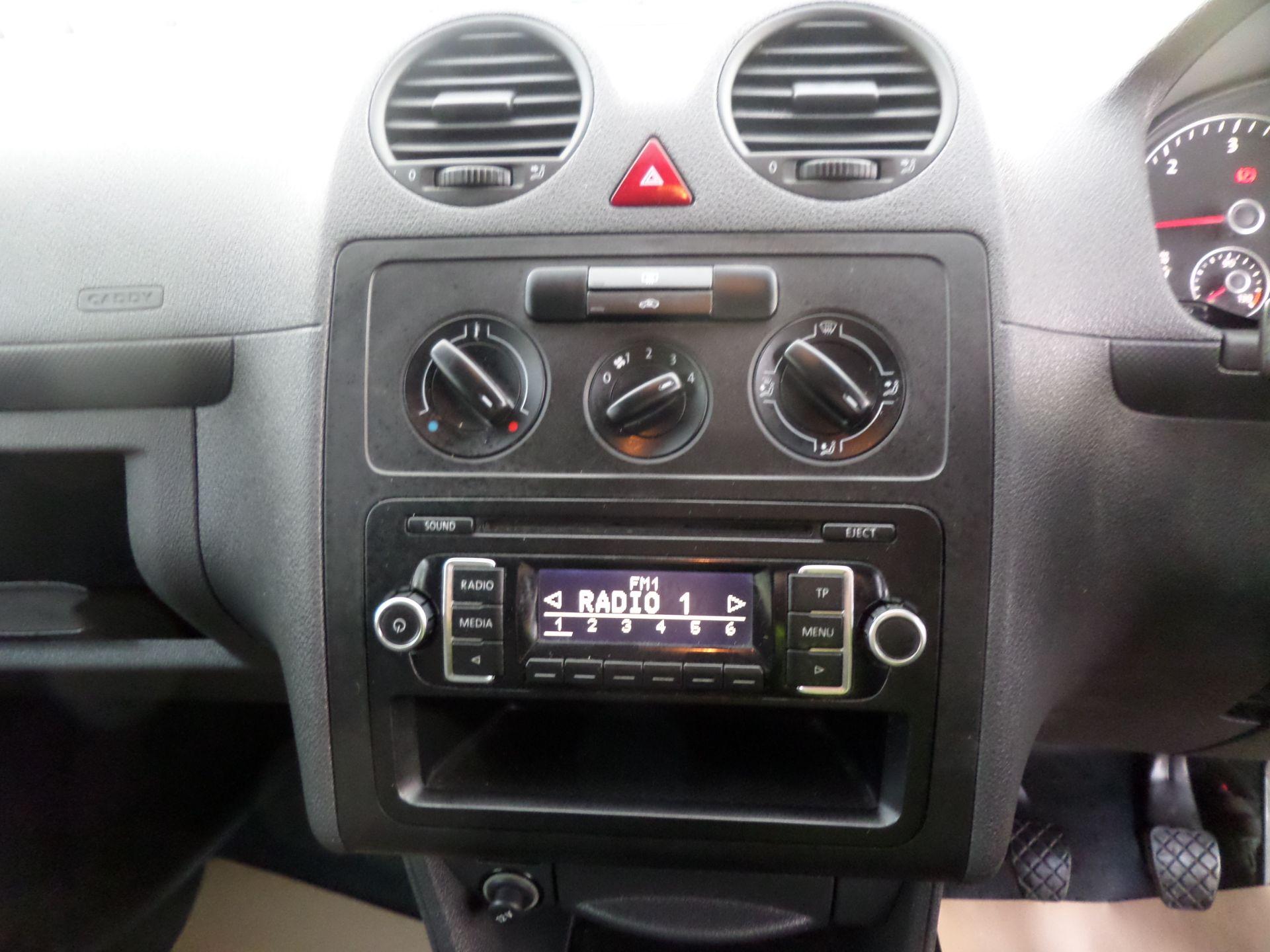 2015 Volkswagen Caddy 1.6 Tdi 75Ps Startline Van (GK65WBO) Image 11
