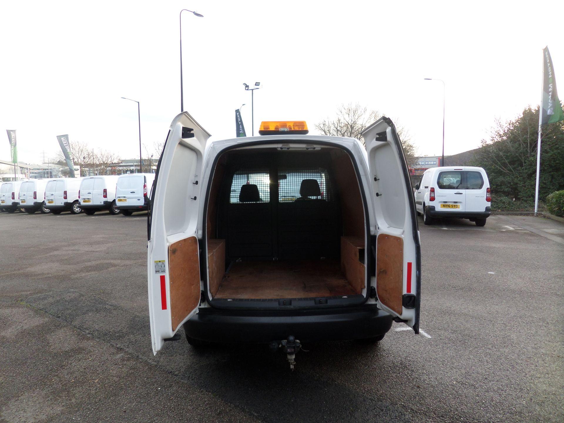 2015 Volkswagen Caddy 1.6 Tdi 75Ps Startline Van (GK65WBO) Image 4