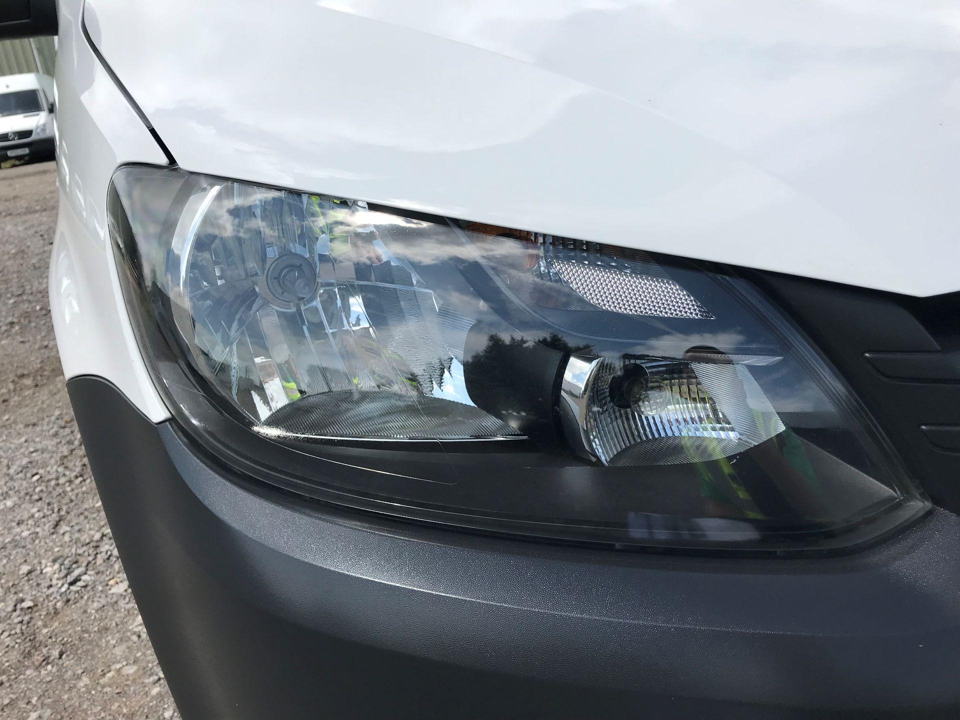 2016 Volkswagen Caddy  1.6 75PS STARTLINE EURO 5 (GK65WVE) Image 16